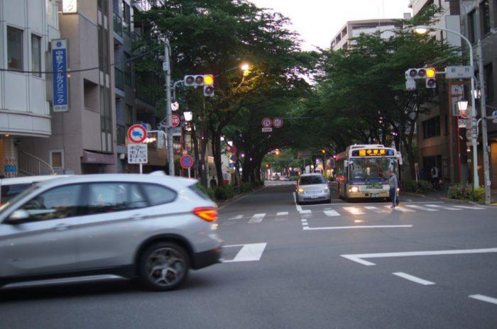 早稲田通りを西へ