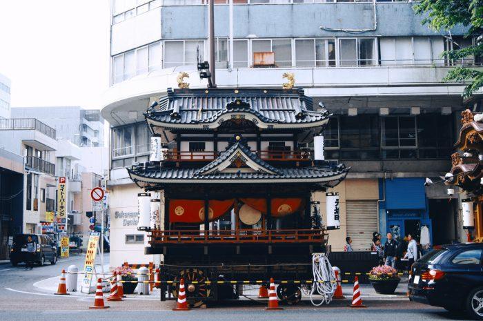 この屋台は浜松城をイメージしているそうです。